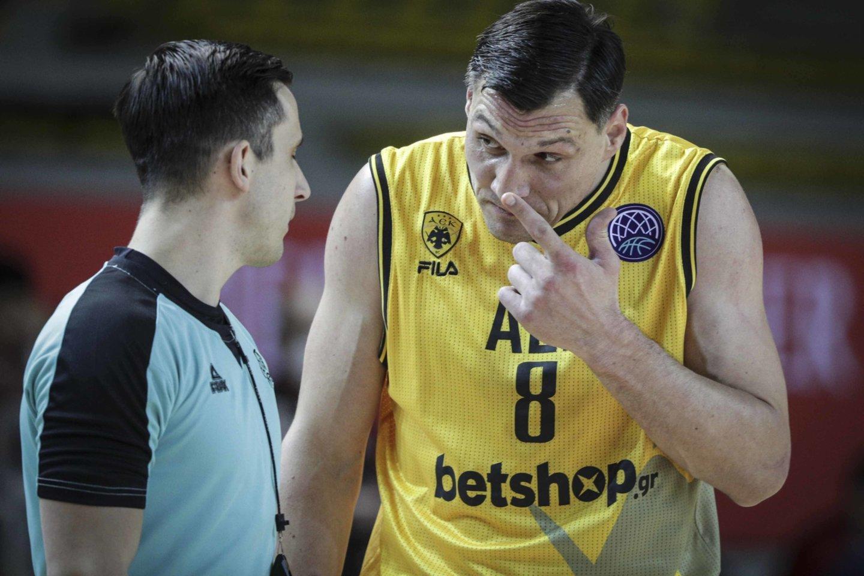 J.Mačiulis ir jo atstovaujama AEK liko už ketvirtfinalio borto.<br>PanoramiC/Scanpix nuotr.