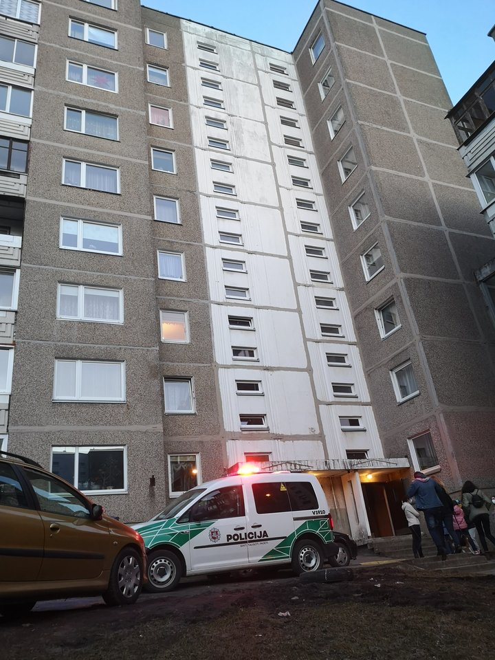 Apie tragediją vilniečių šeimoje policijai pranešta ketvirtadienio vakarą.<br>A.Vaitkevičiaus nuotr.