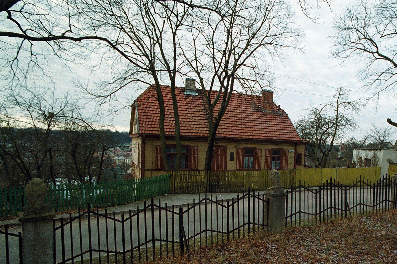 Skulptoriaus Juozo Zikaro memorialinis muziejus prieš remontą<br>A.Barzdžiaus nuotr.