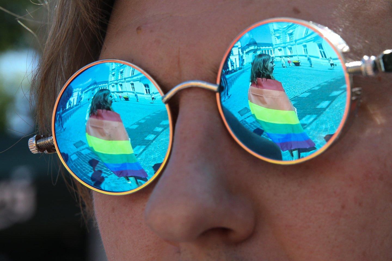 Laiške prašoma prisidėti mažinant neapykantą prieš LGBTQ+ asmenis bei jų artimuosius.<br>R.Danisevičiaus nuotr.