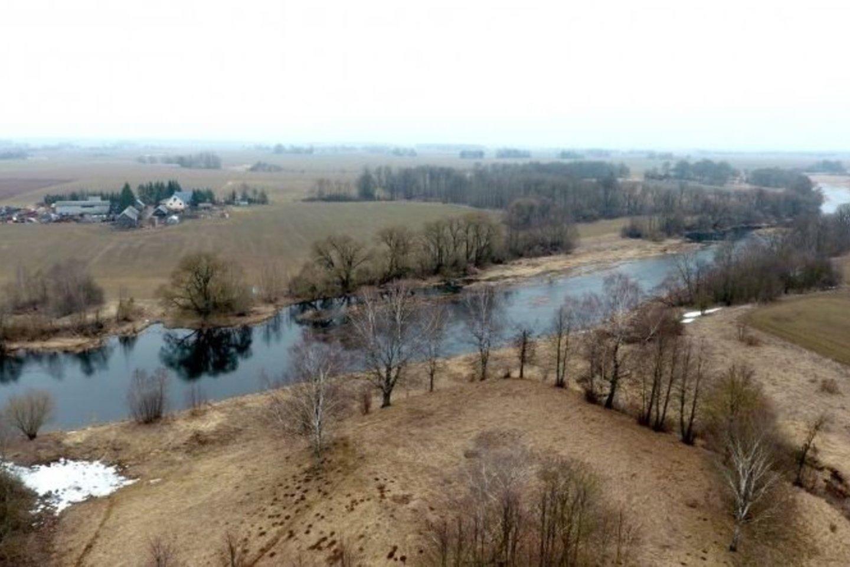 Šimonių kaime palei Mūšą sodybų nebeliko.<br>A.Švelnos nuotr.