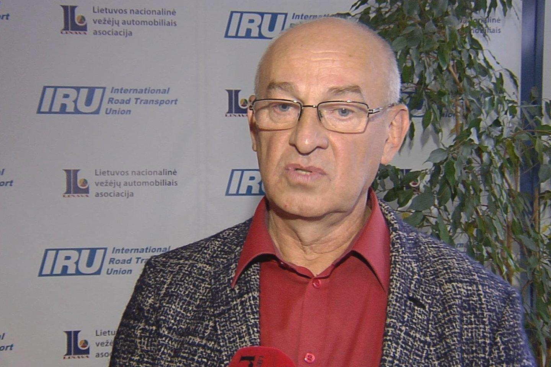 M.Atroškevičius viešai kalbėjo apie bandymus užvaldyti asociaciją.<br>Nuotr. iš LR archyvo.