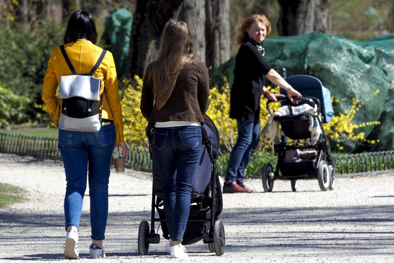 Spėliojantiems, kad karantinas paskatins gimstamumą teks nusivilti: santuokų ir kūdikių vis mažiau.<br>V.Ščiavinsko asociatyvi nuotr.