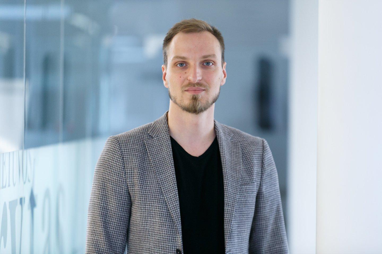Lrytas.lt IT ir dizaino skyriaus vadovas Giedrius Kvakšys.<br>T.Bauro nuotr.