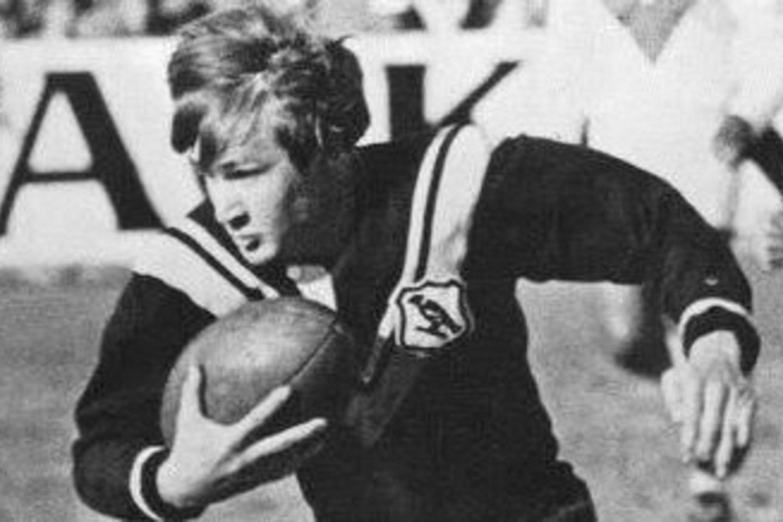 T.Raudonikis buvo Australijos regbio legenda.<br>Klubo tviterio nuotr.