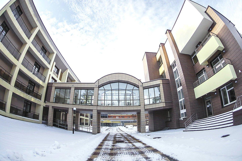 """Sanatorija """"Belorus"""", kurioje dirba beveik 400 darbuotojų, Druskininkams pastaruoju metu tapo tikru galvos skausmu.<br>V.Ščiavinsko nuotr."""