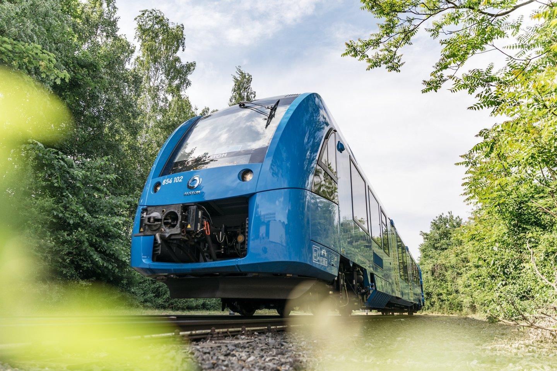 """Bendrovė ketina vandeniliu arba elektra varomus """"Alstom"""" traukinius išbandyti keturiuose šalies regionuose jau 2023 m.<br>""""Alstom"""" nuotr."""