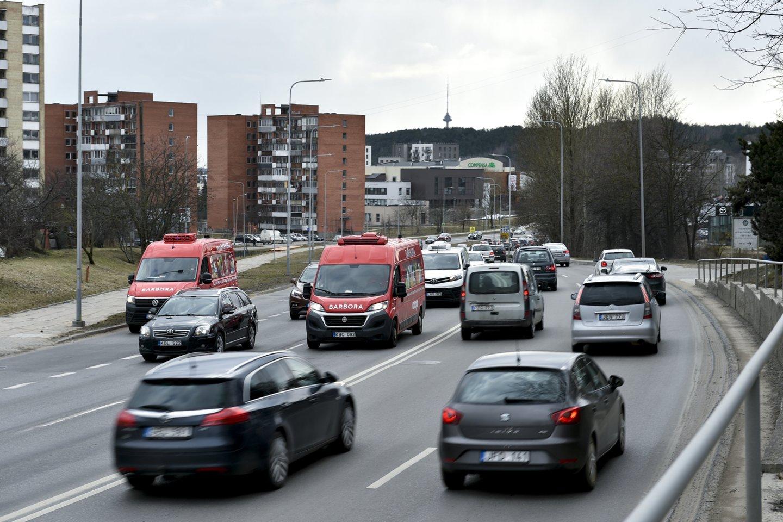 M.Mikutavičius yra iš tų vairuotojų, kuriems patinka vairuoti.<br>V.Ščiavinsko nuotr.