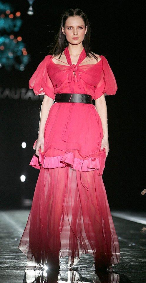 Asta Valentaitė Ramunės Piekautaitės šou 2006-aisiais.<br>G.Skaraitienės nuotr.