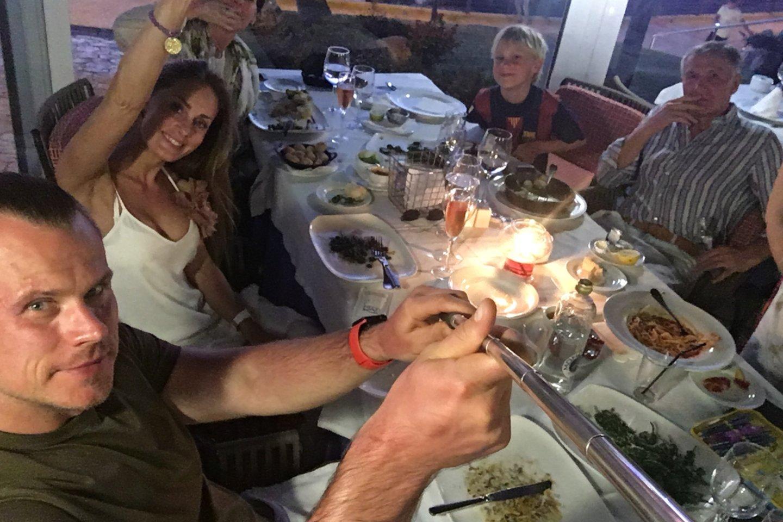 R.Karpavičius su pirmąja šeima 2017-ųjų kovo 29 dieną.<br>Nuotr. iš asmeninio albumo