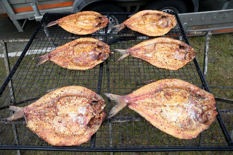 Žuvininkystės įmonės kritikuoja šią iniciatyvą ir teigia, kad dėl to gali sumažėti šviežios ir laukinės žuvies prieinamumas vartotojams.<br>R.Danisevičiaus nuotr.