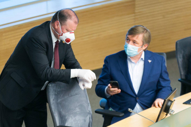 R.Karbauskis ir S.Skvernelis.<br>T.Bauro nuotr.