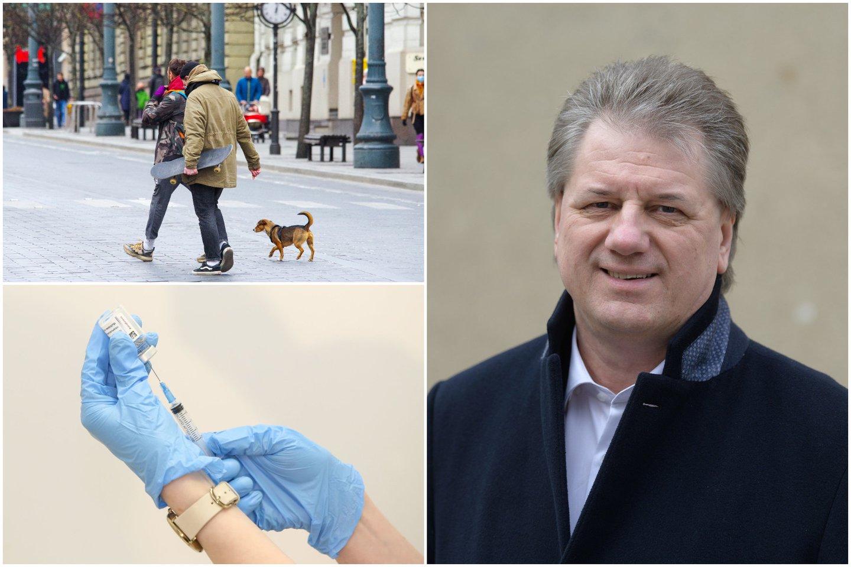 Užkrečiamųjų ligų specialistas, profesorius Saulius Čaplinskas primena, kad net ir paskiepyti žmonės gali būti viruso nešiotojais ir užkrėsti kitus.<br>lrytas.lt koliažas