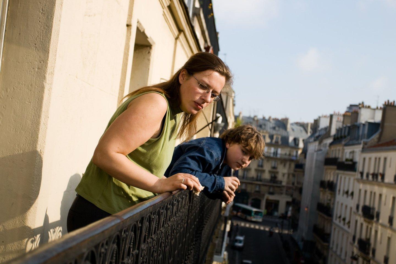 Mamos ir mažamečio drama balkone - vieni praeiviai iš to juokėsi, kiti kvietė policiją<br>123rf.com asociatyvioji nuotr.