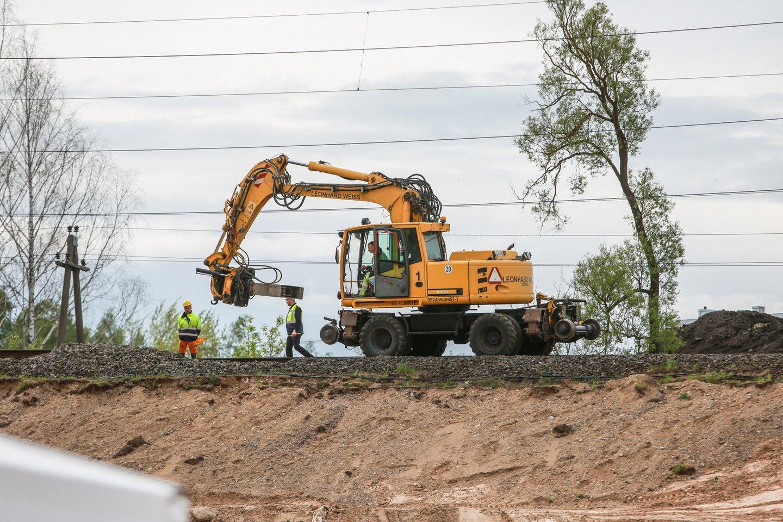 """""""Rail Baltica"""" projekto tikslas – sujungti trijų Baltijos šalių sostines su Europos geležinkelių tinklu.<br>G.Bitvinsko nuotr."""