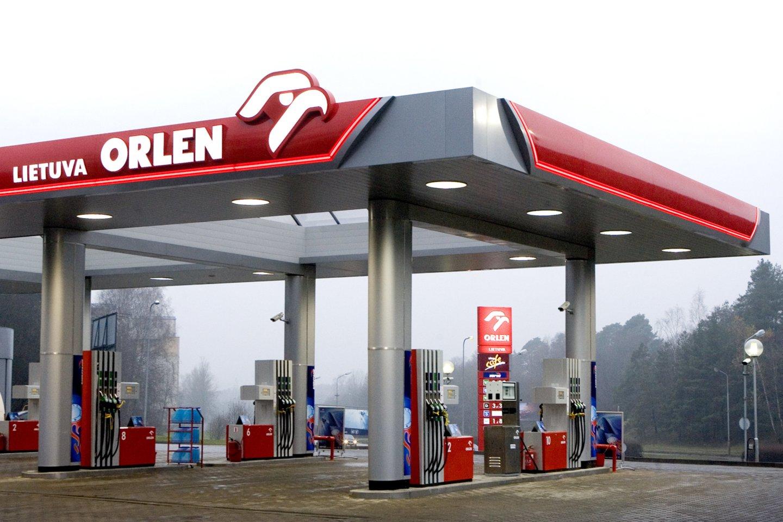 """""""Orlen"""" degalinių tinklą valdanti bendrovė keičia prekybos strategiją ir nuo balandžio 1 d. atsisakė nuolaidų kortelių.<br>lrytas.lt nuotr."""