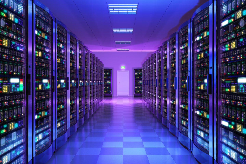 """JAV technologijų milžinė """"Google"""" trečiadienį Varšuvoje atidarė naują debesijos duomenų centrą – pirmąjį Vidurio ir Rytų Europoje, investicijos į kurį sieks 1,7 mlrd. eurų (asociatyvinė nuotr.).<br>123rf nuotr."""