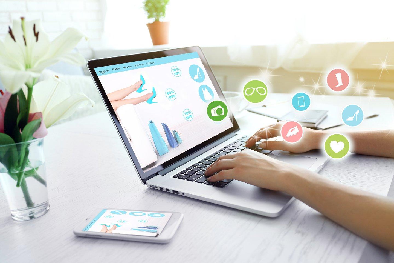 """Prekių ar paslaugų internete per pastarąjį pusmetį įsigijo daugiau nei 80 proc. šalies gyventojų, parodė """"Swedbank"""" užsakymu atlikta reprezentatyvi apklausa.<br>123rf nuotr."""