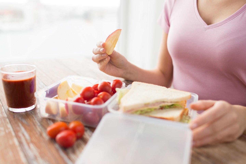 Dažnai manoma, kad duona – tai nevertingas produktas, nors iš tiesų tai yra puikus mūsų organizmui būtinų angliavandenių šaltinis, tereikia mokėti pasirinkti.<br>123rf nuotr.