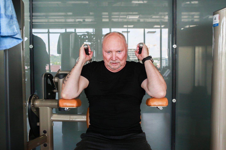 """Prieš karantiną A.Ivanauskas Fara 4–5 kartus per savaitę vykdavo į sporto klubą.""""<br>G.Bitvinsko nuotr."""