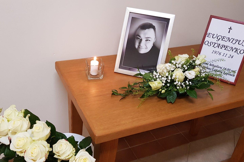 Eugenijaus Ostapenko šermenys.<br>A.Kubaičio nuotr.