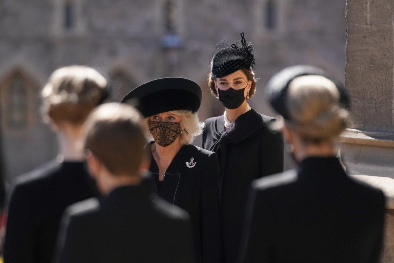 C.Middleton pasirinko istorinį vėrinį.<br>Reuters/Scanpix nuotr.