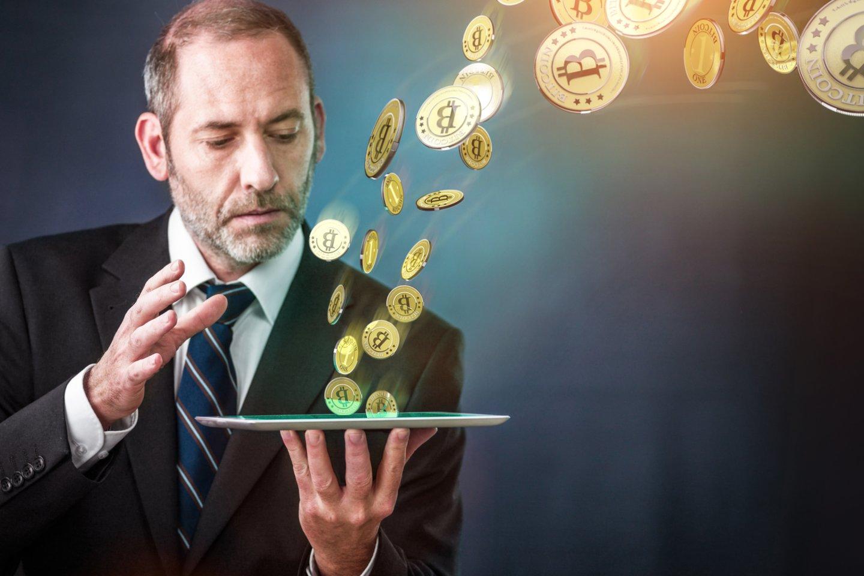 Skaičiuojama, kad bitkoino sukūrėjui dabar turėtų priklausyti apie milijonas bitkoinų, kurių vertė siekia apie 59 milijardus dolerių (asociatyvinė nuotr.)
