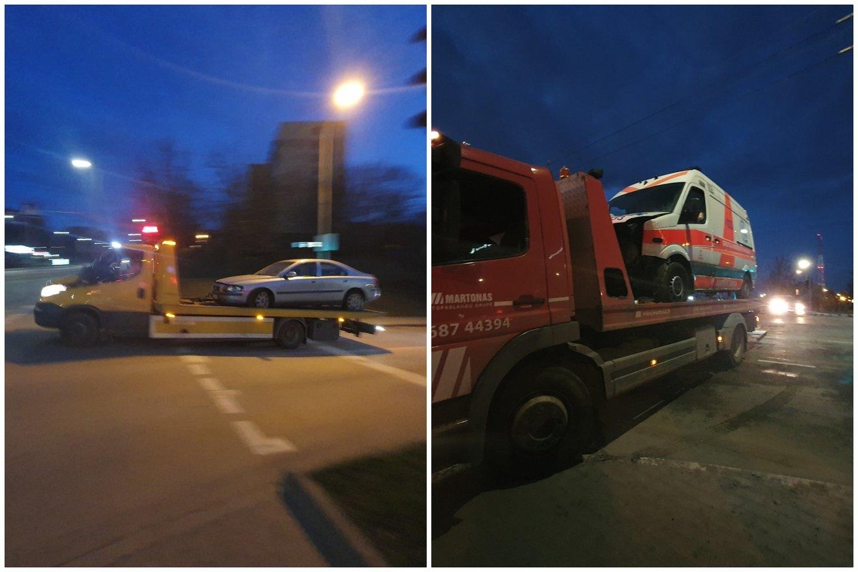 Per avariją Vilniuje sudaužytas greitosios pagalbos automobilis.<br>Įvykio liudininko nuotr.