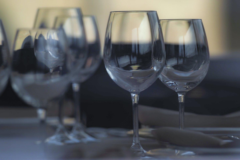 Lietuva padarė pažangą ir, kol kas neoficialiais Pasaulio sveikatos organizacijos (PSO) duomenimis, nebėra pirma pagal alkoholio suvartojimą pasaulyje.<br>V.Ščiavinsko nuotr.