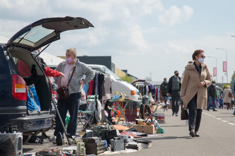 Pasak asociacijos atstovo, leidus prekybą turguose žmonės bent psichologiškai pailsėtų – pati prekyba iš karto neatsistatys.<br>Pranešimo spaudai nuotr.