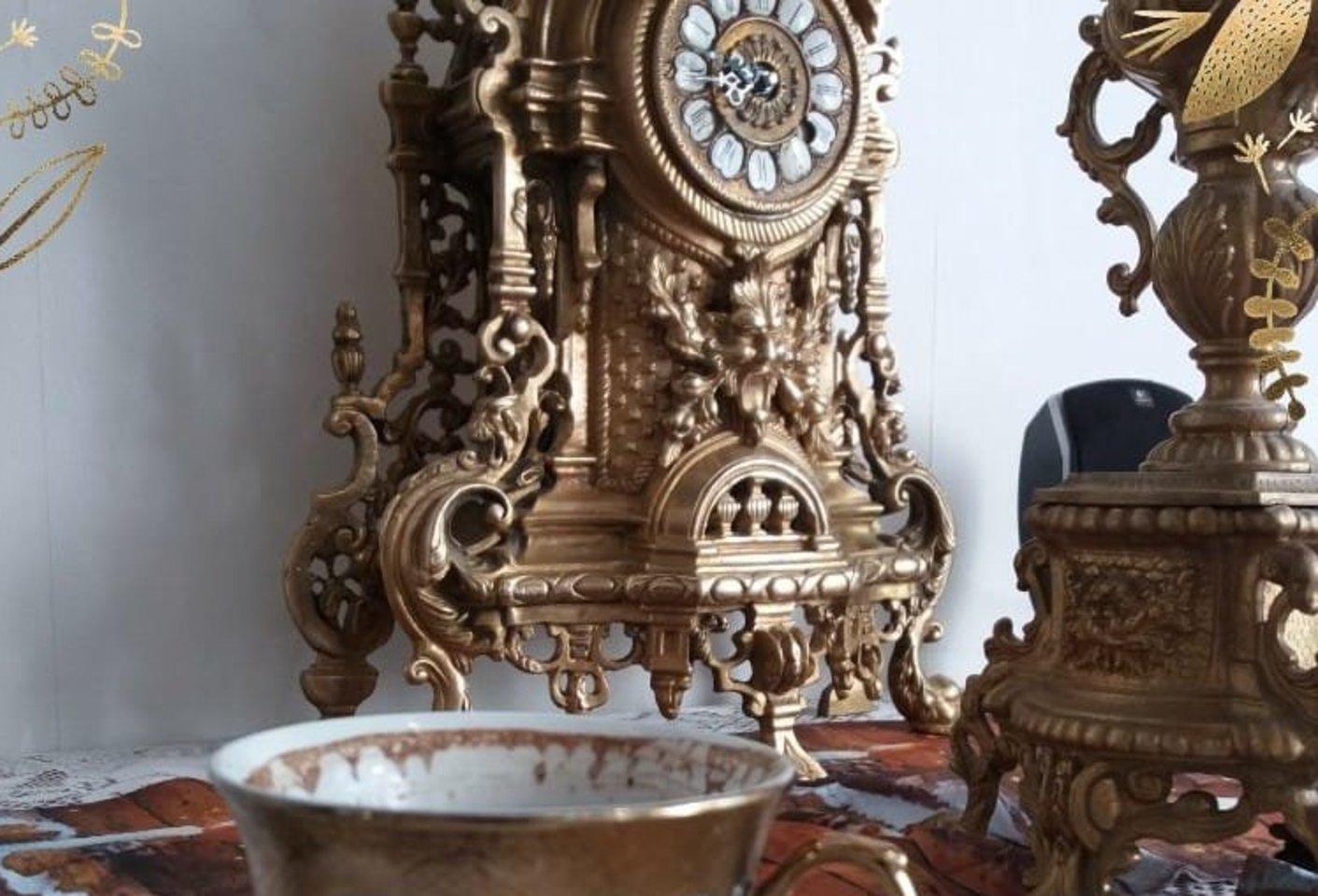 Daug žmonių Povilui sako, kad tokiuose namuose, kaip jo, gyventi negalėtų.<br>Asmeninio archyvo nuotr.