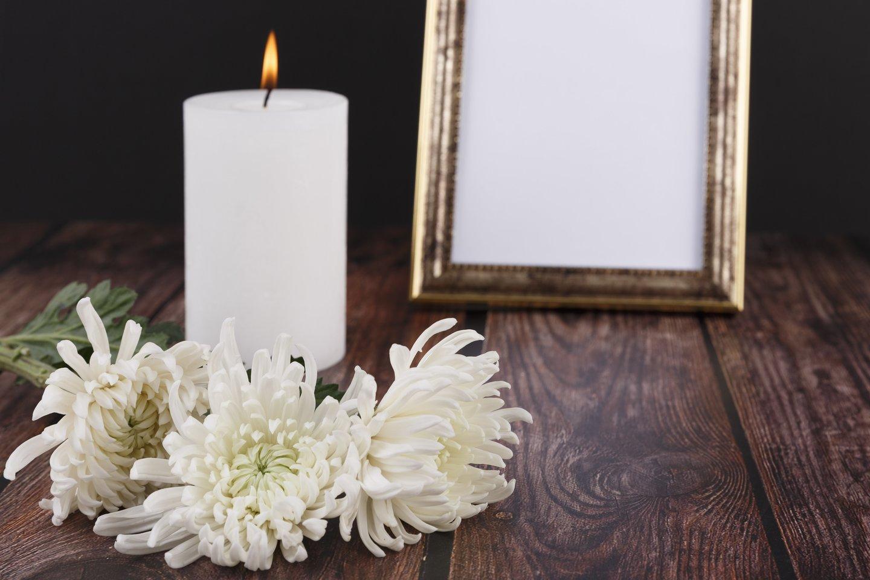 Skaitytoją papiktino kvietimas į laidotuves sodyboje.<br>123rf.com asociatyvioji nuotr.