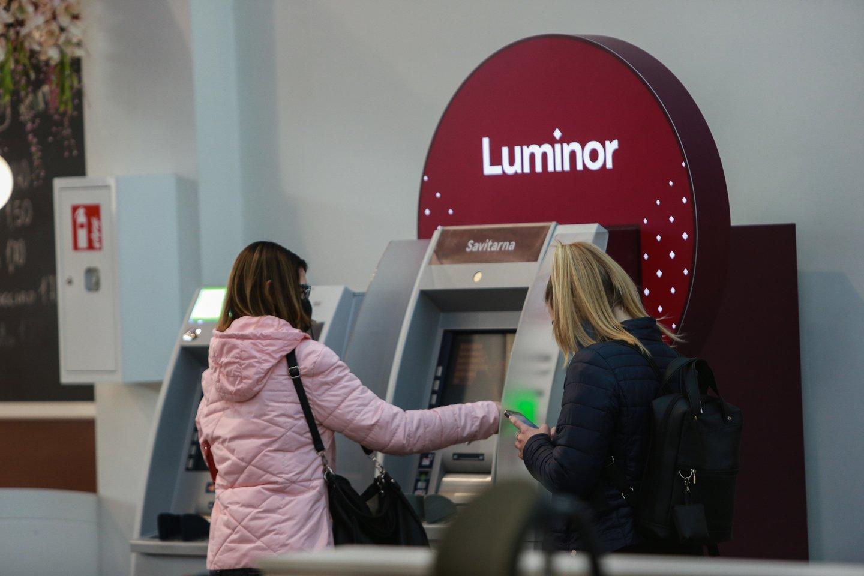 """""""Luminor"""" bankas perspėja, jog kai kurie banko klientai vakar, balandžio 20 dieną, gavo melagingus elektroninius laiškus, kurie neva yra siunčiami banko vardu.<br>G.Bitvinsko nuotr."""
