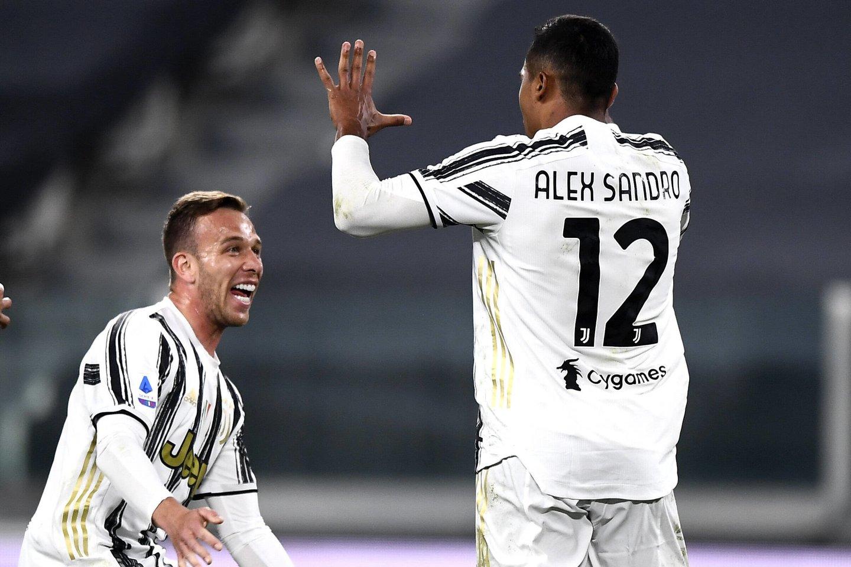 """""""Juventus"""" mažina atsilikimą nuo lyderių dviejų Milano klubų.<br>Reuters/Scanpix.com nuotr."""