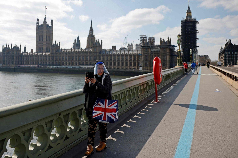 Koronavirusas Jungtinėje Karalystėje.<br>AFP/Scanpix nuotr.