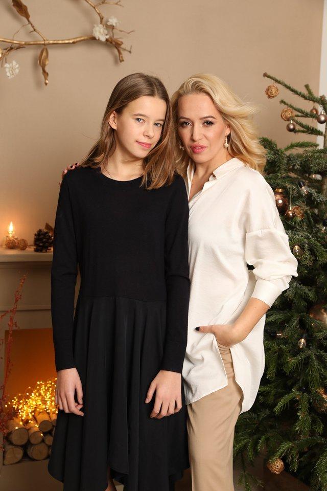 Elena Puidokaitė-Bruzgulienė su dukra Saule.<br>Nerijaus ir Gintarės nuotr.