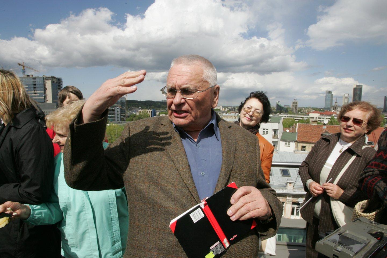 Poetas A.Baltakis pernai išleido eilėraščių knygą.<br>LR archyvo nuotr.