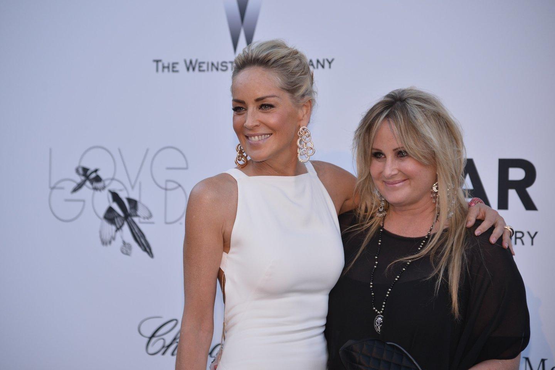 Sharon Stone su seserimi.<br>Scanpix nuotr.