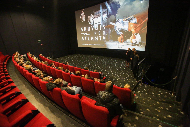 Atnaujinti veiklą skuba ne visi kino teatrai.<br>G.Bitvinsko asociatyvi nuotr.