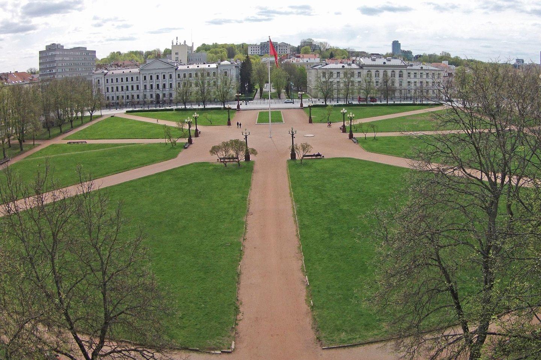 Lukiškių aikštės pertvarkymo projektai toliau kelia aistras.<br>A.Vaitkevičiaus nuotr.