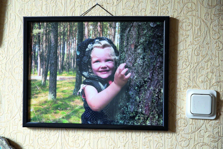 G.Danienė dukters iškovotus trofėjus dabar saugo bute Vilniuje.<br>S.Stojkovic ir D.Danisevičiaus nuotr.
