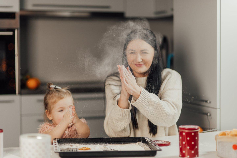 K.Kulevičienė džiaugėsi, kad nei vyras Einaras, nei dukrelė Mila Marija nėra išrankūs maistui, tad priima visas jos idėjas.<br>Nuotr. iš asmeninio albumo