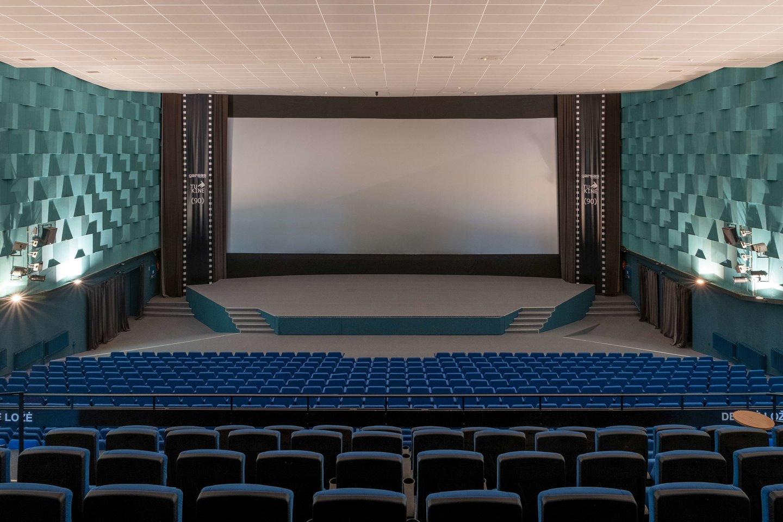 """Kino teatras """"Garsas"""" Panevėžyje jau nugriautas.<br>S.Lin nuotr."""