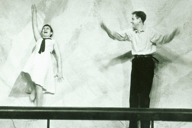 "V.Mockevičiūtė ir A.Sakalauskas spektaklyje ""Svetimas"".<br>M.Juknevičiūtės nuotr."