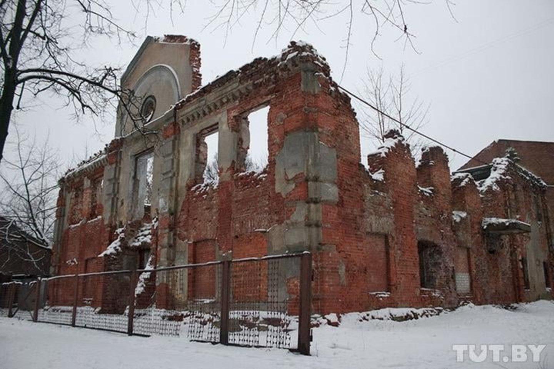 Didžiosios Liubavičiaus sinagogos liekanos.<br>Shalom.by nuotr.