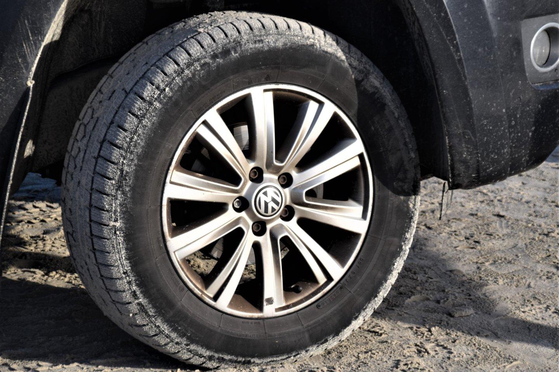 Automobilių priežiūros specialistai pastebi, kad padangų ventiliams vairuotojai dažnai skiria ne itin daug dėmesio.<br>www.unsplash.com nuotr.