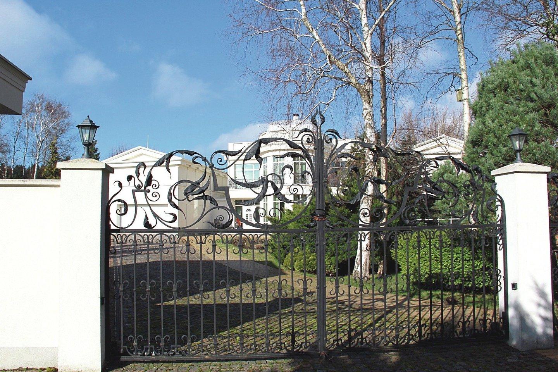 Pastaruoju metu Vilniuje daugėja nekilnojamojo turto objektų, kurių vertė viršija milijoną eurų.<br>A.Ziabkaus nuotr.