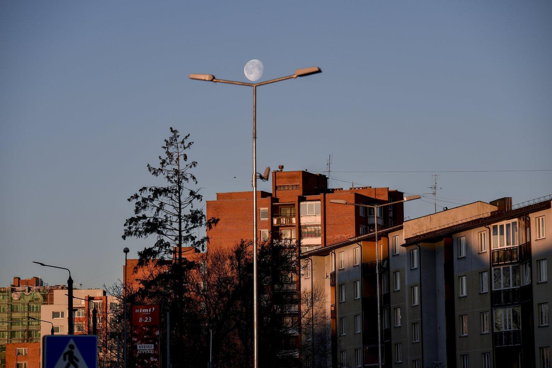 Būstų renovaciją galėtų paspartinti didesnė valstybės parama.<br>V.Ščiavinsko nuotr.