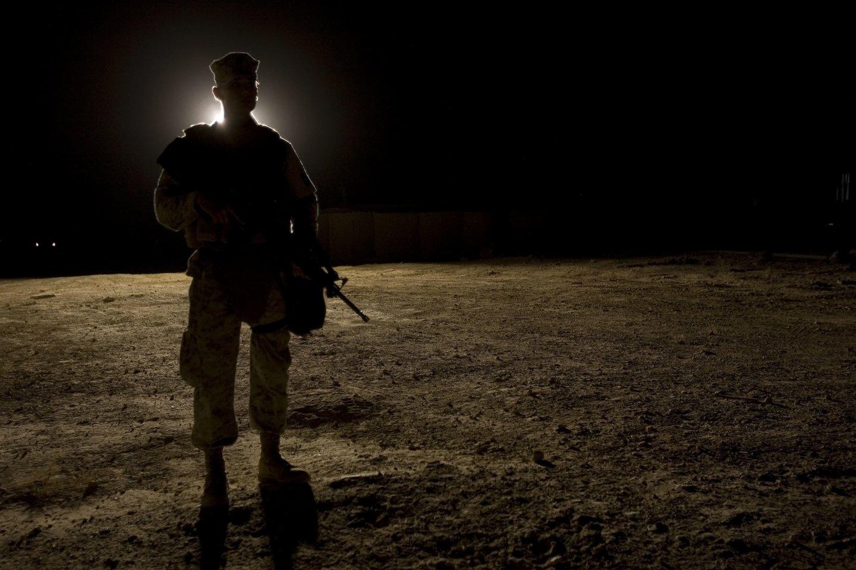 Irake oro bazės, kur yra JAV karių, link paleistos trys raketos.<br>AFP/Scanpix nuotr.