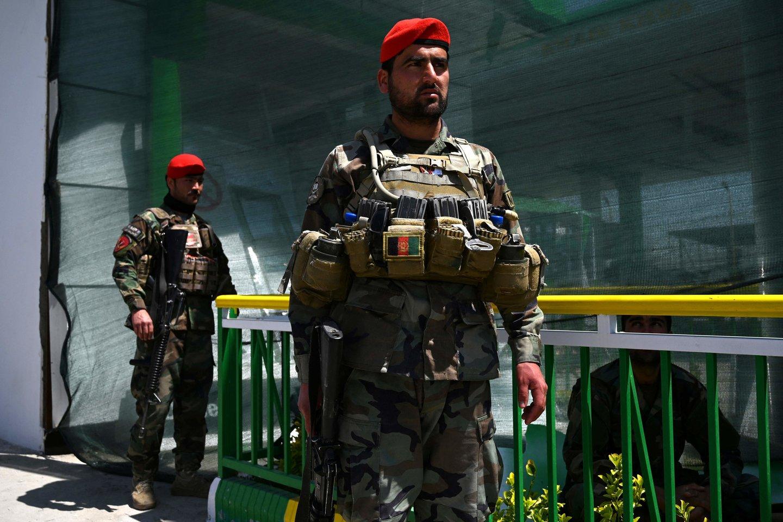 Afganistano vakaruose prie mokyklos sprogus bombai sužeistas 21 žmogus.<br>AFP/Scanpix nuotr.